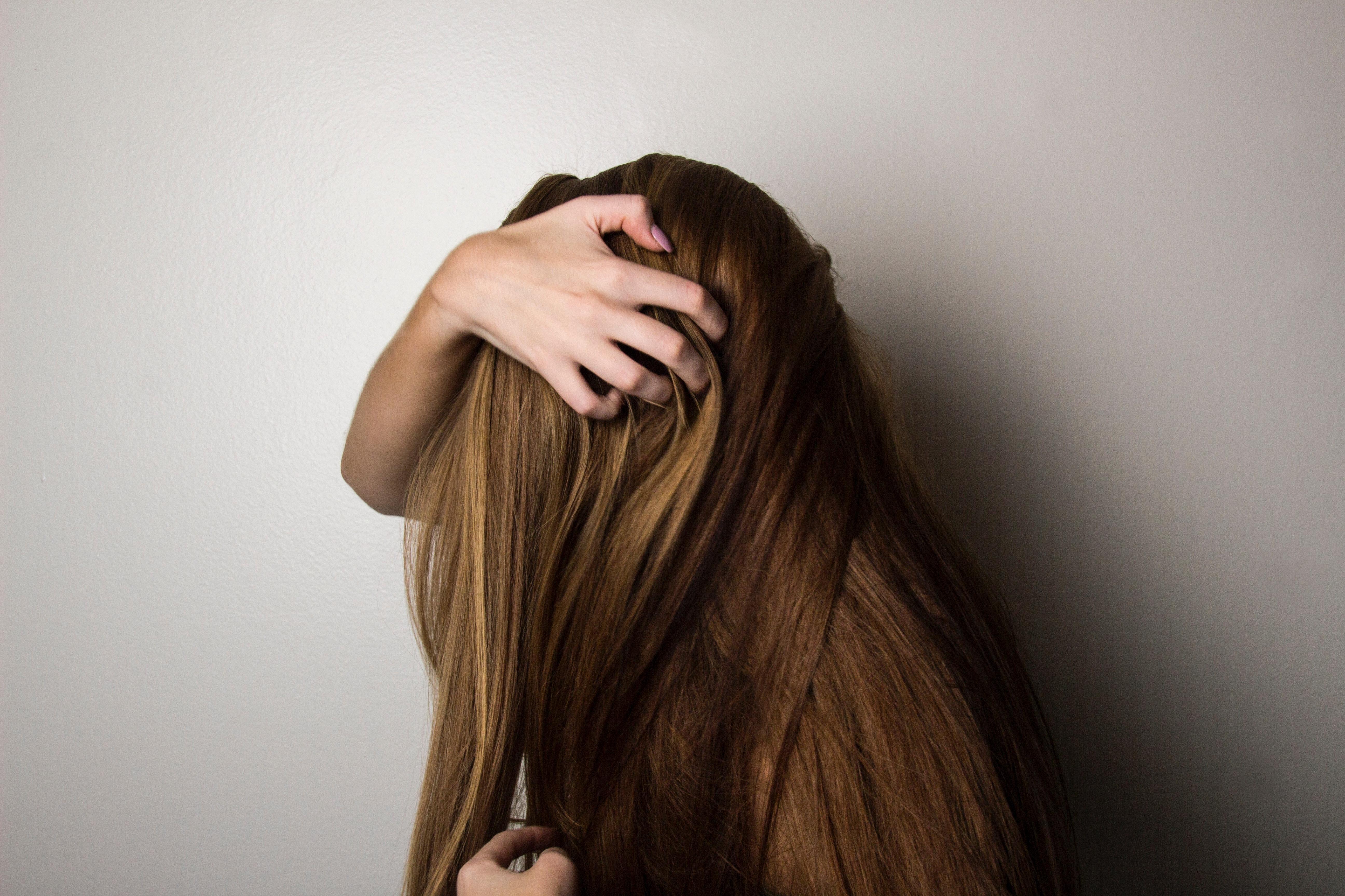 Πότε χρησιμοποιούμε λάδι μαλλιών;